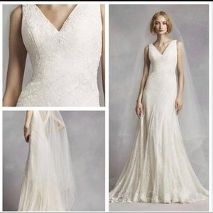 Vera wang wedding dress size 22